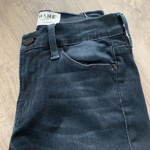 Frame denim in washed blue let skinny de Jeanne